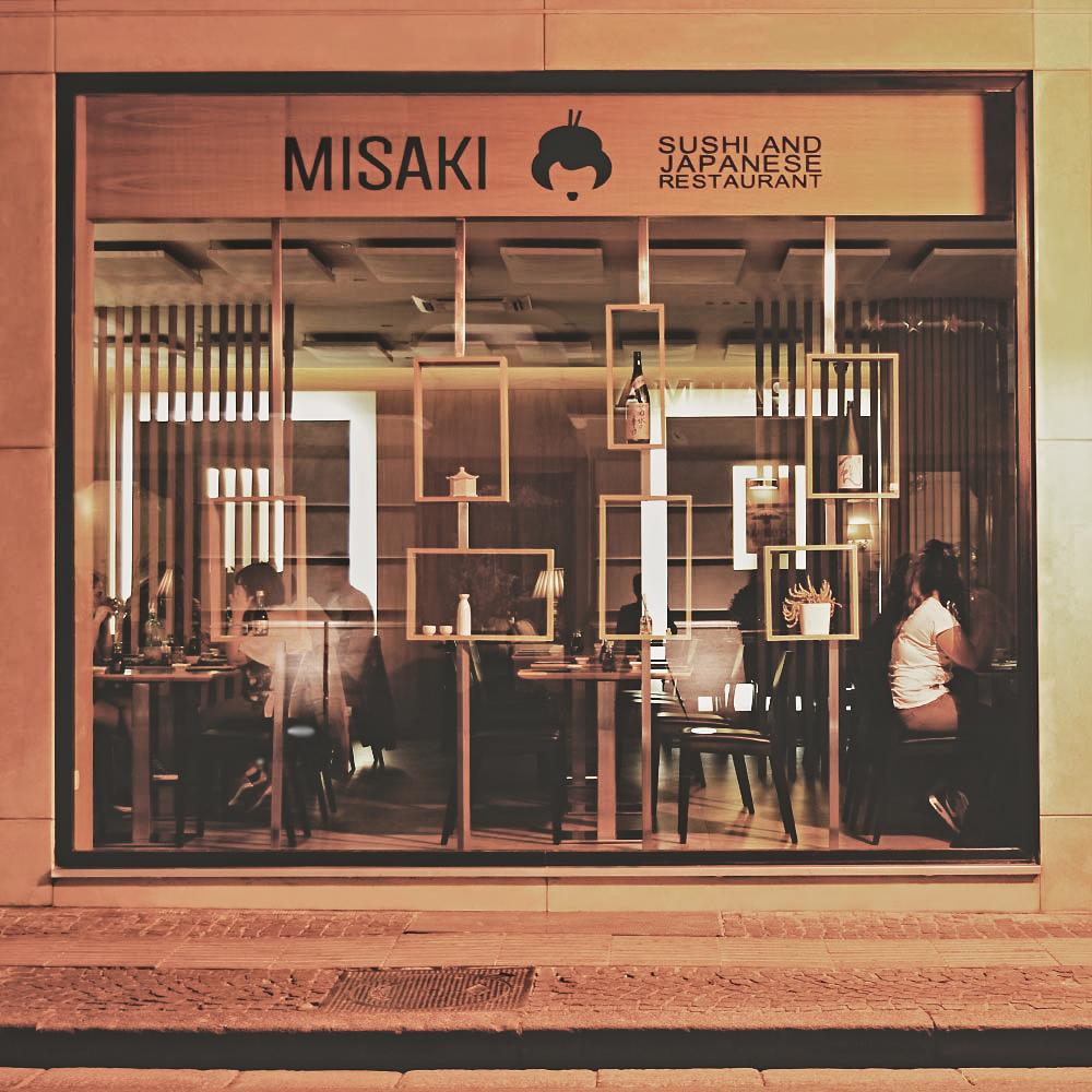 Misaki Sushi Pompei: piatti tipici giapponesi dal gusto estetico raffinato.
