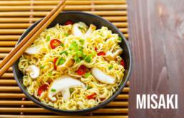 Vari tipi di noodles misaki sushi
